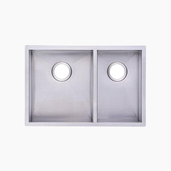 Stainless Steel Undermount Kitchen Sink-B7544PE